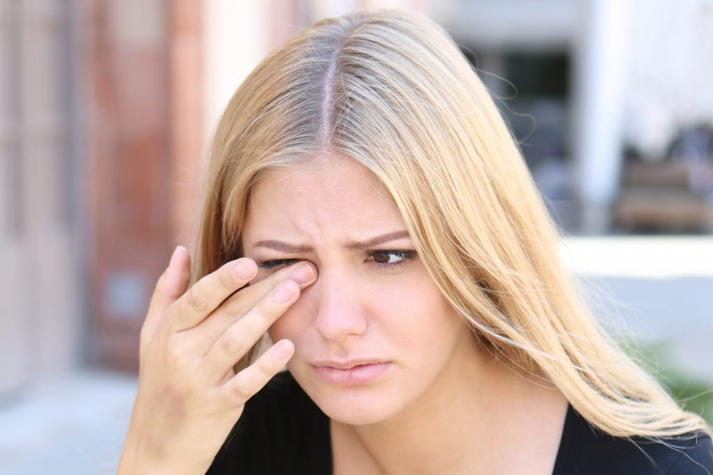 Contact Lens Stuck in Your Eye? Why it Happens & What To Do!